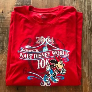 2014 Disney 10K race shirt, size M